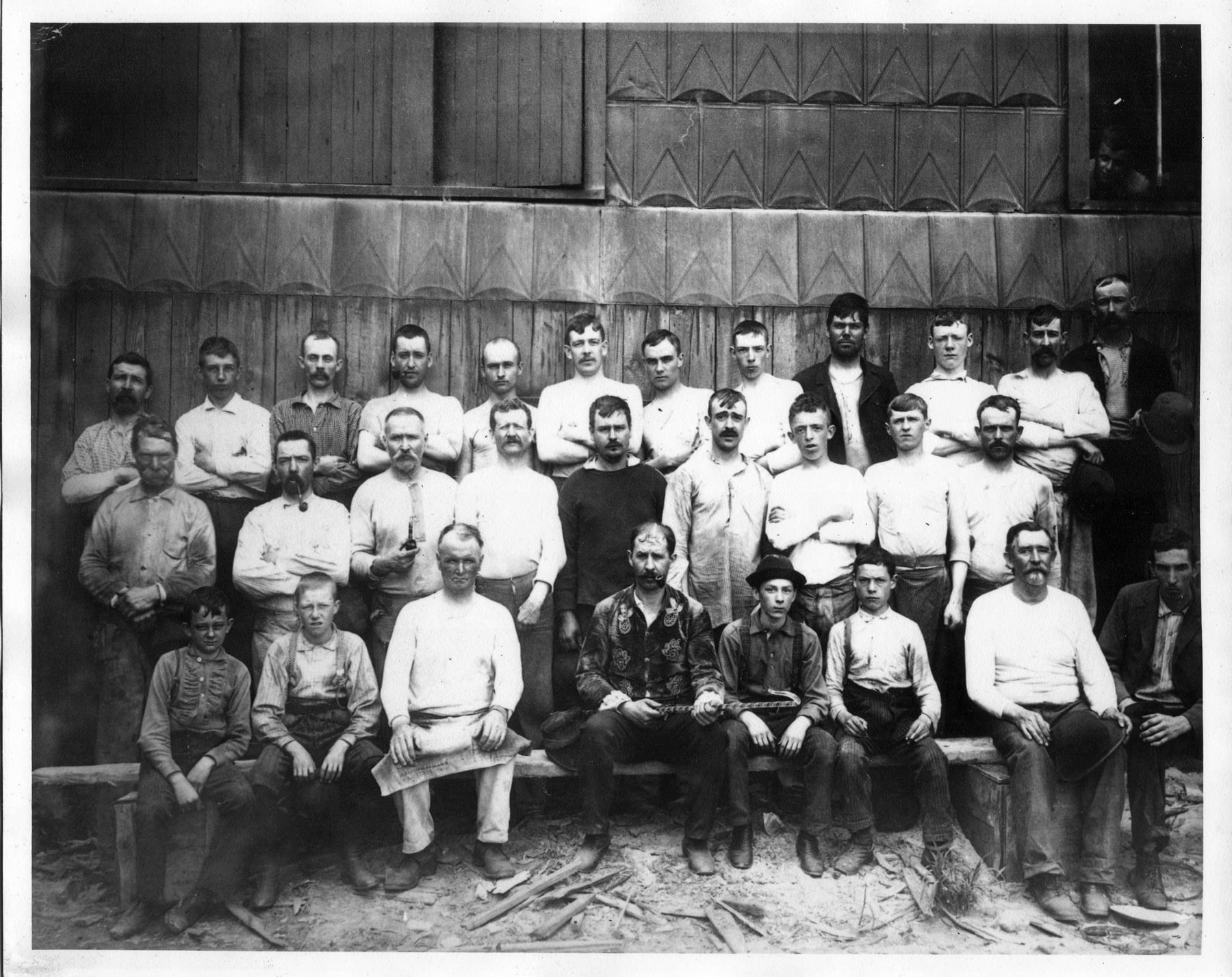 Redwood Glass Works workers in an 1880 company photo